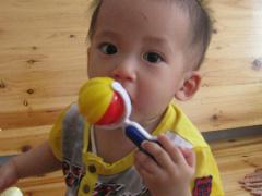 【宝宝与玩具的亲密接触】+爱咬东西的贝贝