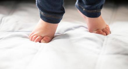 宝宝踮脚尖走路 - 宝宝疾病