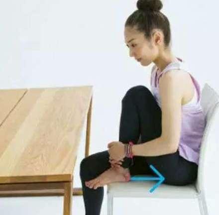 坐着也瘦的健身赘肉,跟瑜伽saygoodbye!-减减肥减脂喝特仑苏吗图片