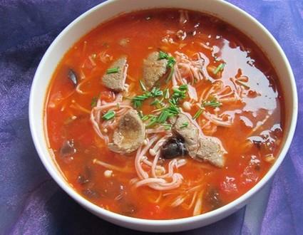 猪肝西红柿面条汤,孕妇第一个月食谱