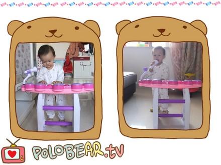 宝宝 老公 成长/#小小歌唱家# 这是老公给宝宝买的新玩具,丫头爱不释手!