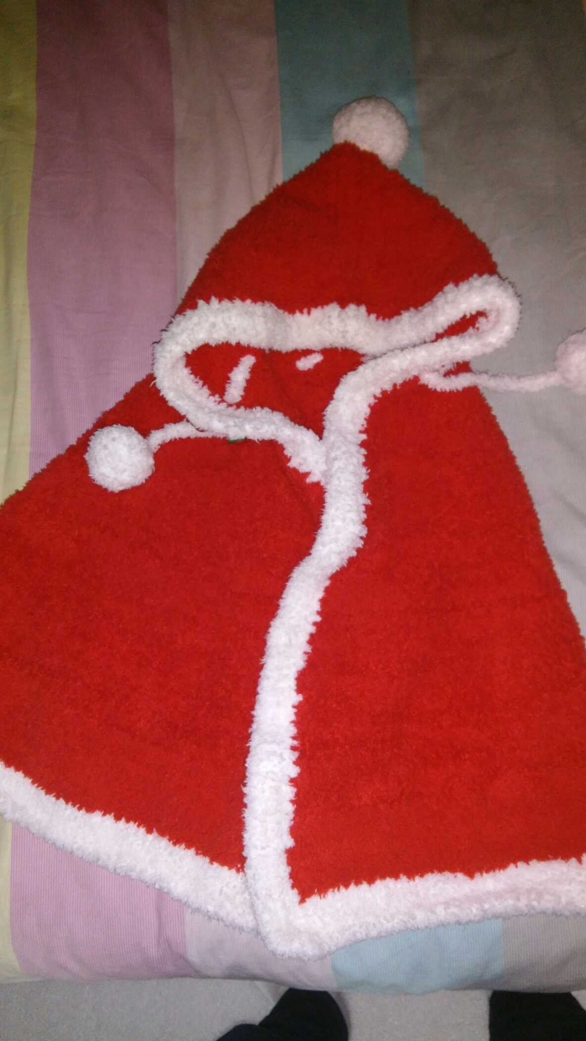 比较可爱的斗篷纯手工编织珊瑚绒毯