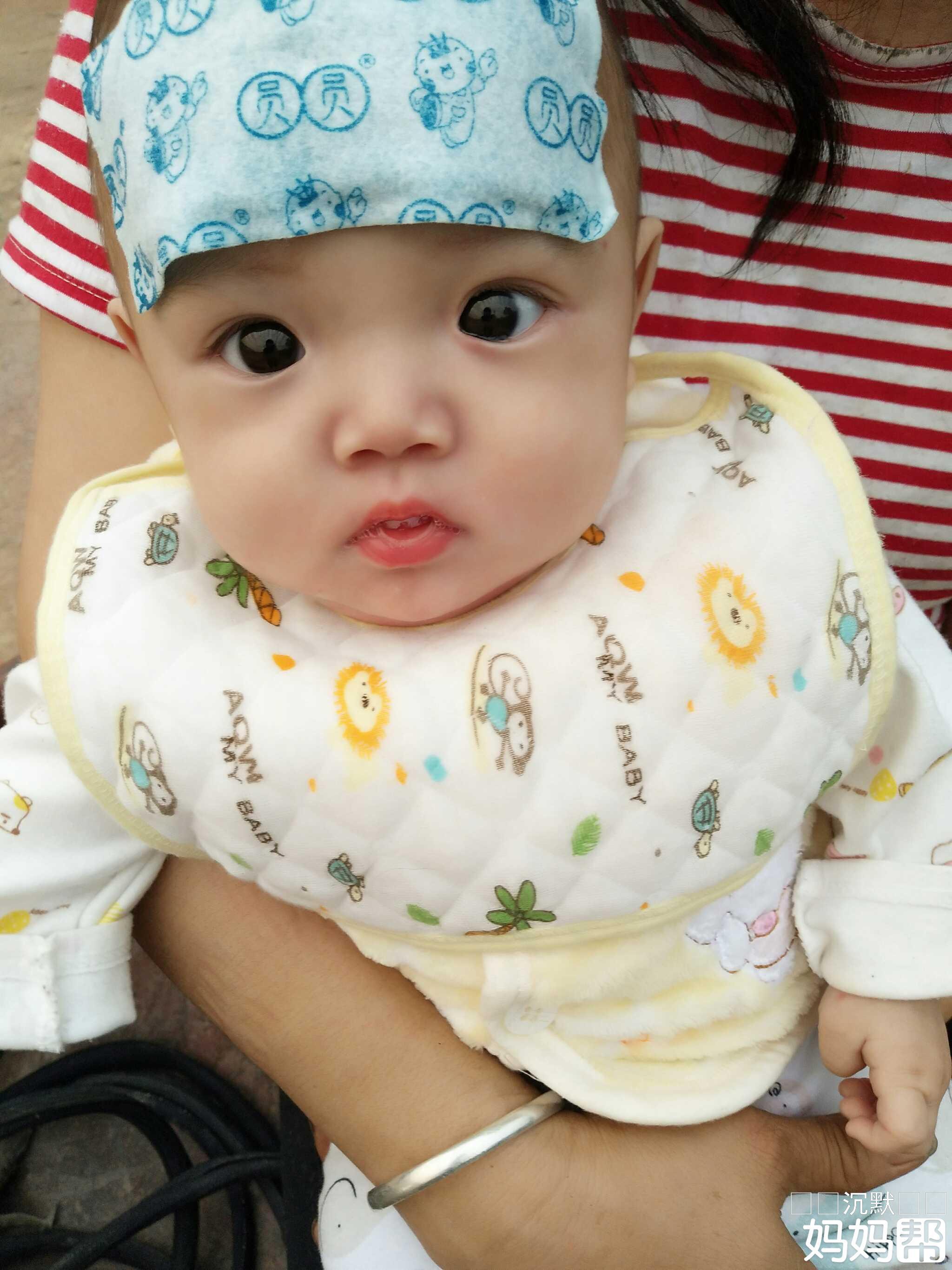 可爱宝宝图片头流泪